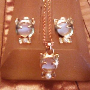 Hello Kitty necklace and earrings